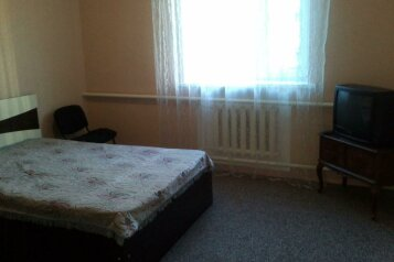 Сдам дом, 120 кв.м. на 6 человек, 1 спальня, Ростовская улица, 310, Ейск - Фотография 3