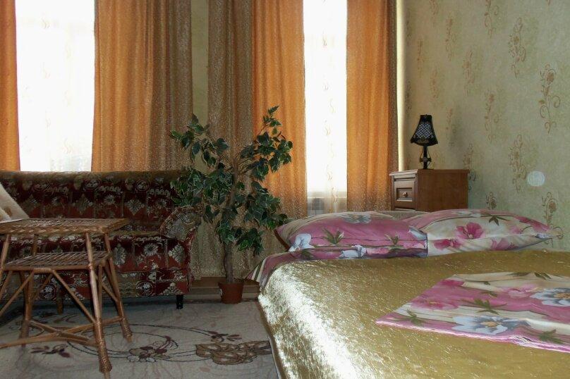 3-комн. квартира на 4 человека, улица Революции, 17, Евпатория - Фотография 3