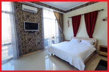1-комн. квартира, 40 кв.м. на 4 человека, улица Рыбацкий Причал, Севастополь - Фотография 1