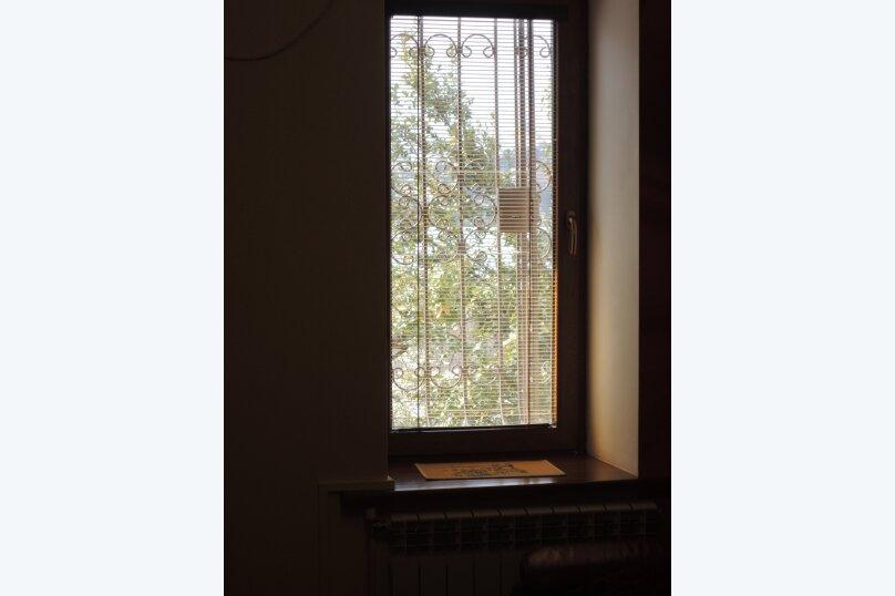 2-комн. квартира, 50 кв.м. на 6 человек, Матросский переулок, 4, Ялта - Фотография 13