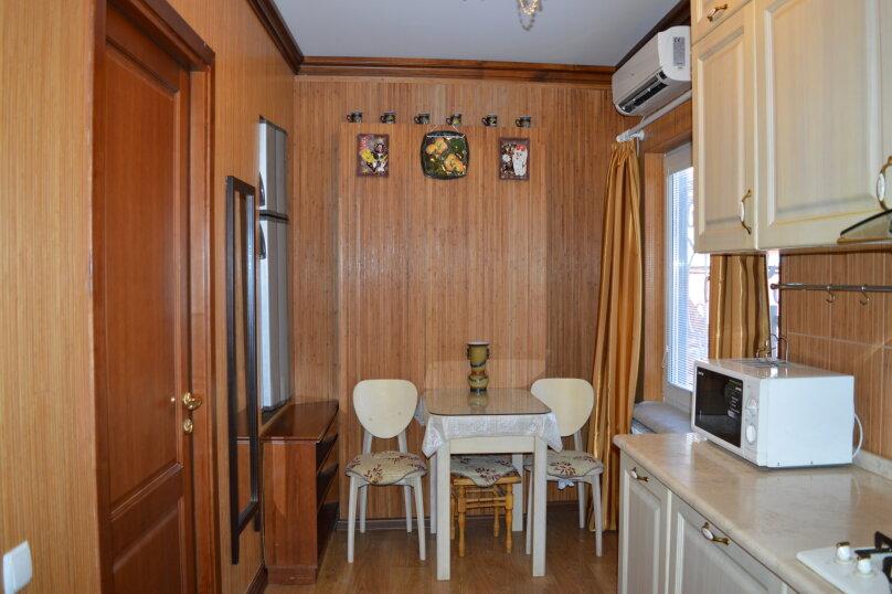 2-комн. квартира, 50 кв.м. на 6 человек, Матросский переулок, 4, Ялта - Фотография 25