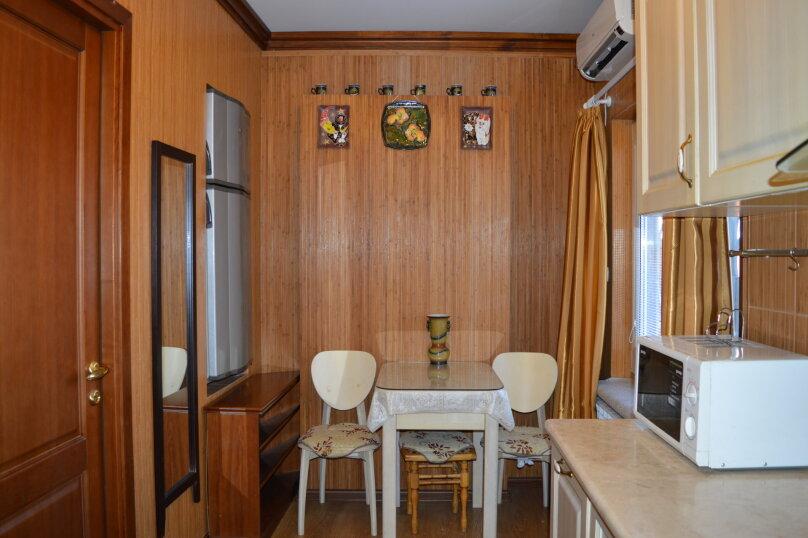2-комн. квартира, 50 кв.м. на 6 человек, Матросский переулок, 4, Ялта - Фотография 26