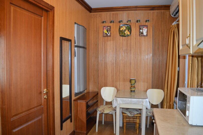 2-комн. квартира, 50 кв.м. на 6 человек, Матросский переулок, 4, Ялта - Фотография 29