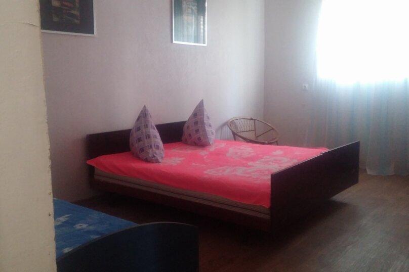 Дом, 65 кв.м. на 6 человек, 2 спальни, поселок Мирный, ул. Морская, 34, Евпатория - Фотография 7