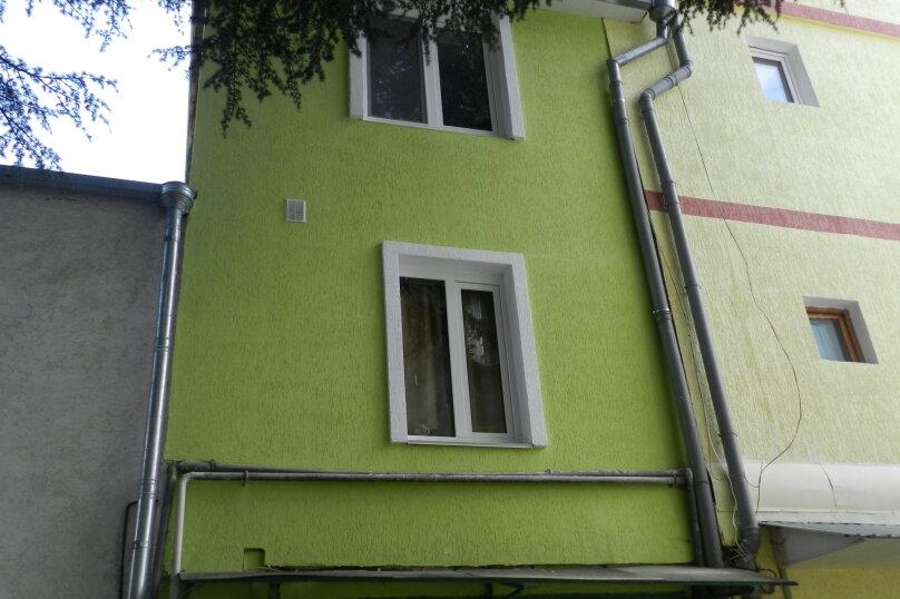 Коттедж, 80 кв.м. на 8 человек, 5 спален, Виноградная улица, 23, Ялта - Фотография 2