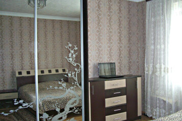 Сдам собственный загородный дом у моря!, 80 кв.м. на 10 человек, 3 спальни, Первомайская улица, Молочное - Фотография 1
