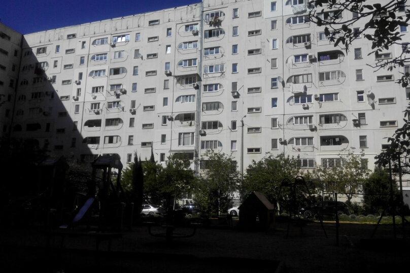 2-комн. квартира, 70 кв.м. на 5 человек, улица Астана Кесаева, 5, Севастополь - Фотография 9