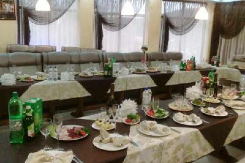 """Ресторанно гостиничный комплекс""""Corsica"""", улица Кирова, 62Б на 12 комнат - Фотография 10"""