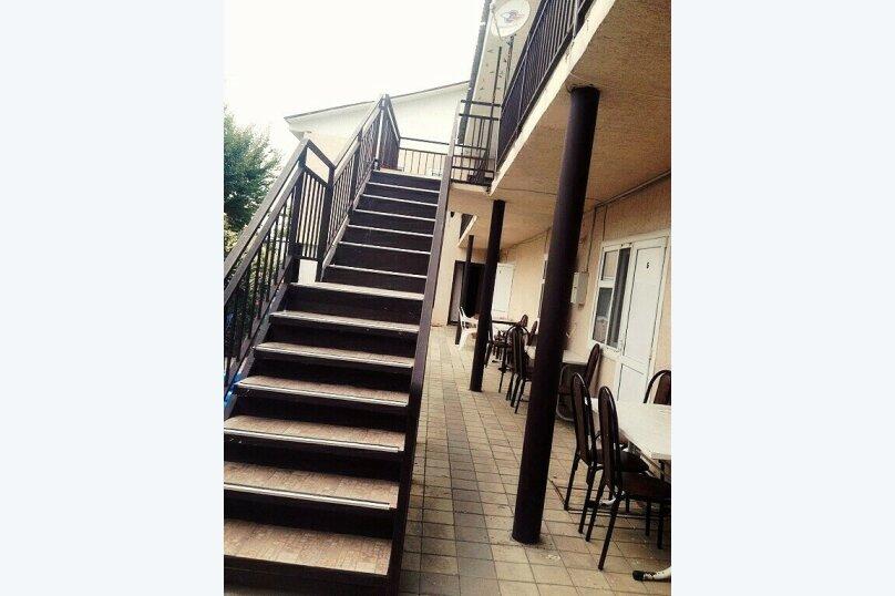 Гостевой дом Джули, Черноморская улица, 150 на 22 комнаты - Фотография 32