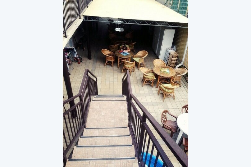 Гостевой дом Джули, Черноморская улица, 150 на 22 комнаты - Фотография 33