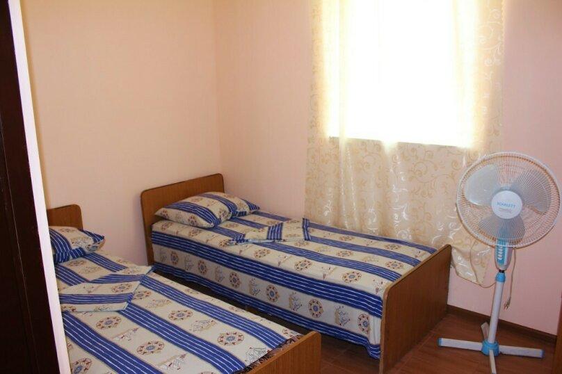 Гостевой дом Джули, Черноморская улица, 150 на 22 комнаты - Фотография 35