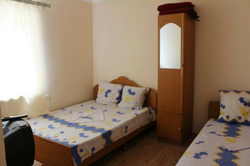 Гостевой дом Джули, Черноморская улица, 150 на 22 комнаты - Фотография 36
