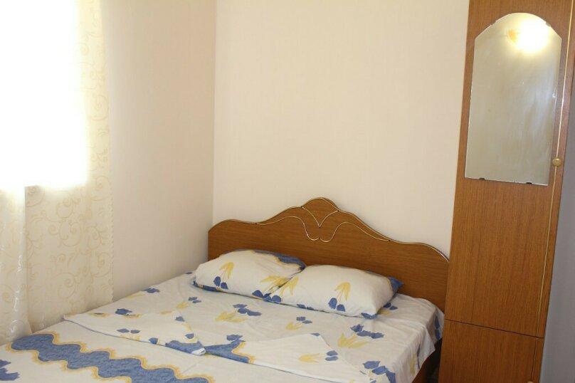 Гостевой дом Джули, Черноморская улица, 150 на 22 комнаты - Фотография 37