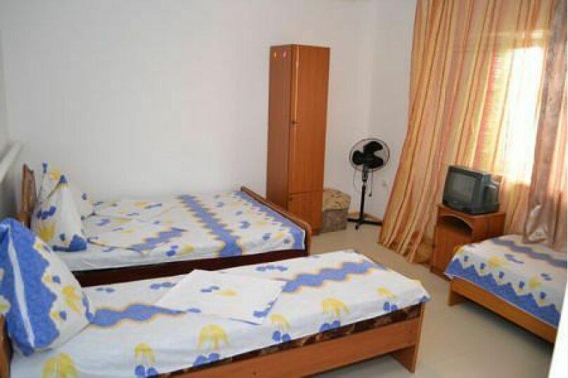 Гостевой дом Джули, Черноморская улица, 150 на 22 комнаты - Фотография 39