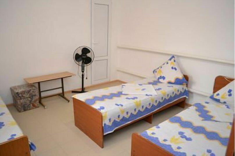 Гостевой дом Джули, Черноморская улица, 150 на 22 комнаты - Фотография 40