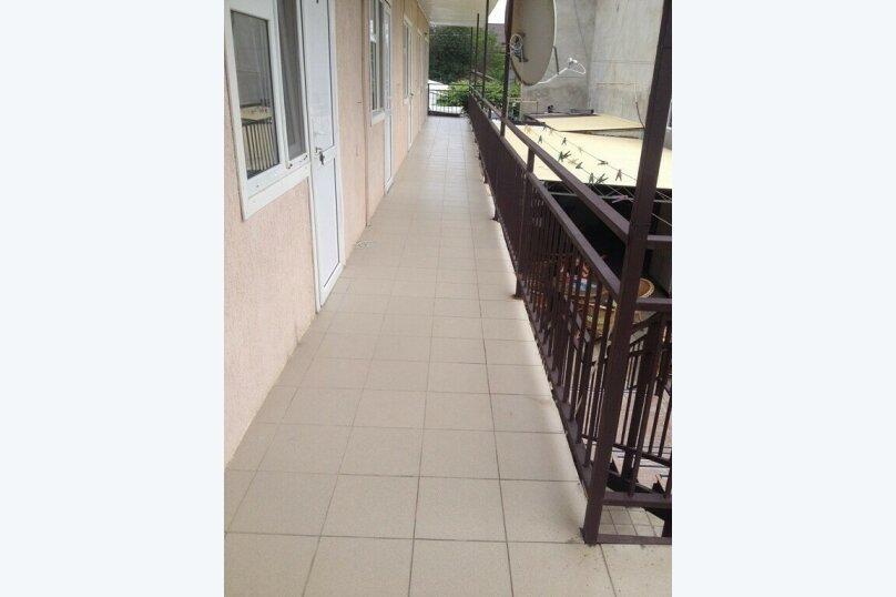 Гостевой дом Джули, Черноморская улица, 150 на 22 комнаты - Фотография 4