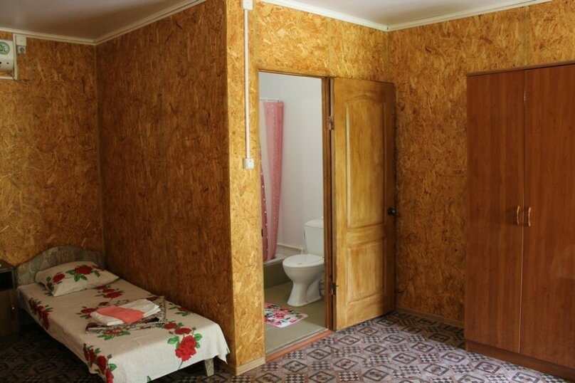 """Мини-отель """"На Красной 57"""", Красная, 57 на 3 комнаты - Фотография 17"""