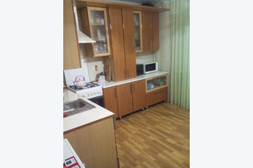 2-комн. квартира, 64 кв.м. на 6 человек, улица Коммунаров, 26, Ейск - Фотография 8