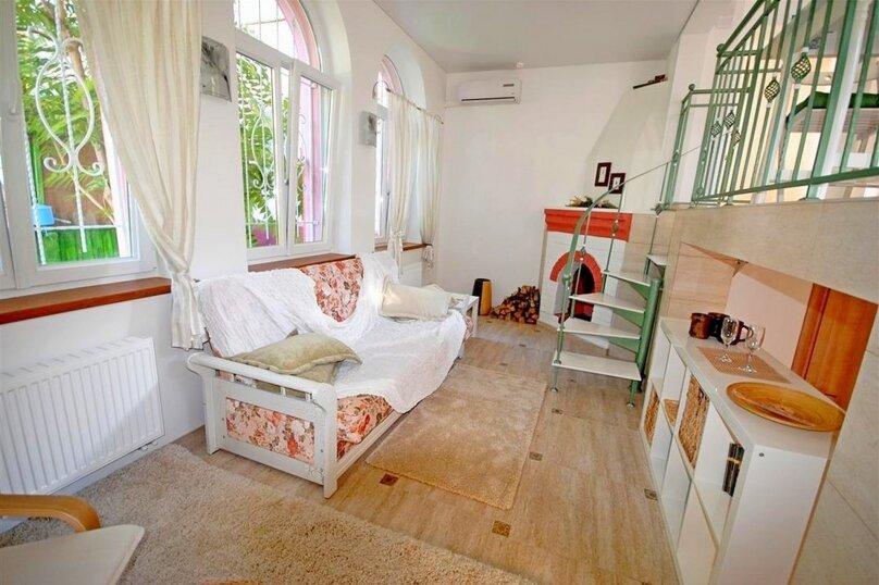 Дом, 70 кв.м. на 6 человек, 1 спальня, Крымская улица, 81А, Анапа - Фотография 1