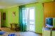 Трехместный полулюкс, улица Волошина, 65/1, Береговое, Феодосия с балконом - Фотография 8