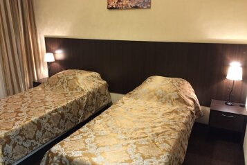 """Мини-отель """"Аквилон"""", улица Бродского, 11 на 28 номеров - Фотография 1"""