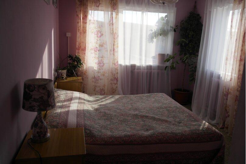 Розовая весна, улица Матросова, 7, Хужир - Фотография 1