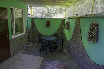 Дом, 45 кв.м. на 5 человек, 2 спальни, Коллективная улица, Алушта - Фотография 1