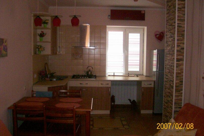 1-комн. квартира на 3 человека, улица Караева, 16, Евпатория - Фотография 6