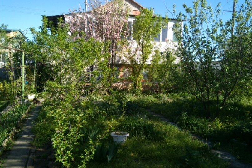 Дом-дача до 12 человек, 4 комнаты, большой двор, 200 кв.м. на 12 человек, 4 спальни, Раздольненское шоссе, 4, Евпатория - Фотография 35