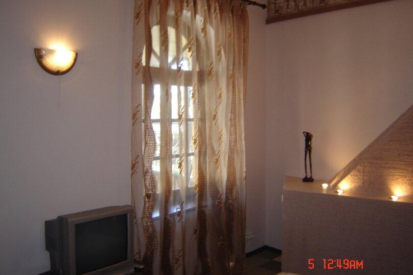 "Гостевой дом ""На Изергина 3"", улица Изергина, 3 на 5 комнат - Фотография 5"