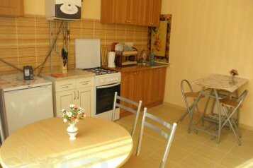 3-комн. квартира, 90 кв.м. на 6 человек, Коммунальная, Судак - Фотография 4