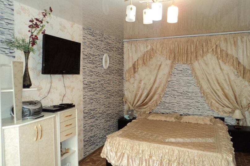 1-комн. квартира, 35 кв.м. на 3 человека, Комсомольский Проспект, 13, Новосибирск - Фотография 1