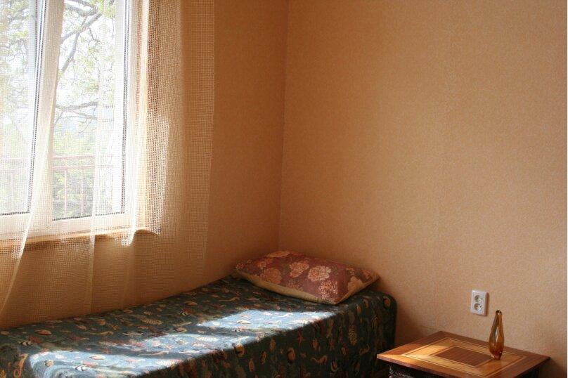 Апартаменты-студия с видом на море., 33 кв.м. на 5 человек, 1 спальня, шоссе Свободы, 12, Алупка - Фотография 2