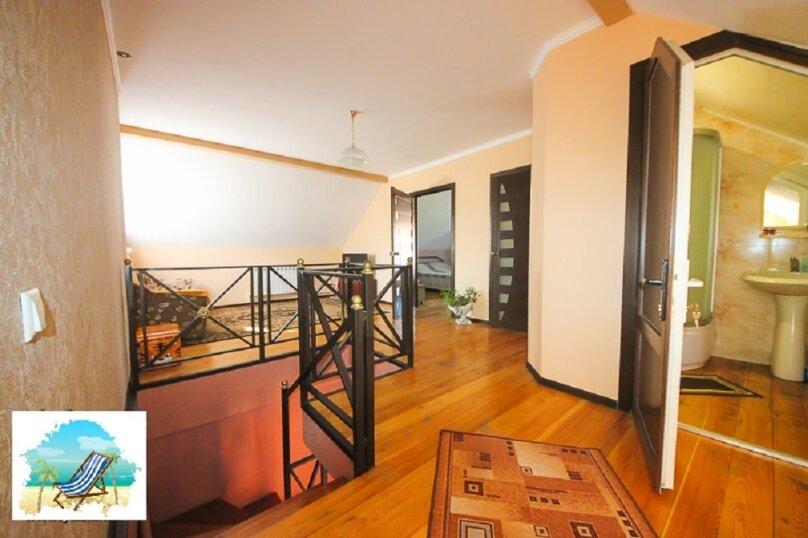Апартаменты в доме на 3 комнаты на 2 этаже, 80 кв.м. на 7 человек, 2 спальни, улица Кирова, 10, Ейск - Фотография 2