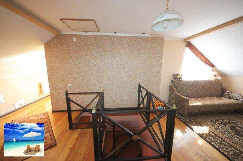 Апартаменты в доме на 3 комнаты на 2 этаже, 80 кв.м. на 7 человек, 2 спальни, улица Кирова, 10, Ейск - Фотография 5