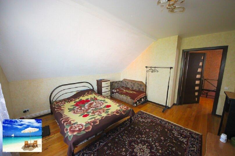 Апартаменты в доме на 3 комнаты на 2 этаже, 80 кв.м. на 7 человек, 2 спальни, улица Кирова, 10, Ейск - Фотография 11