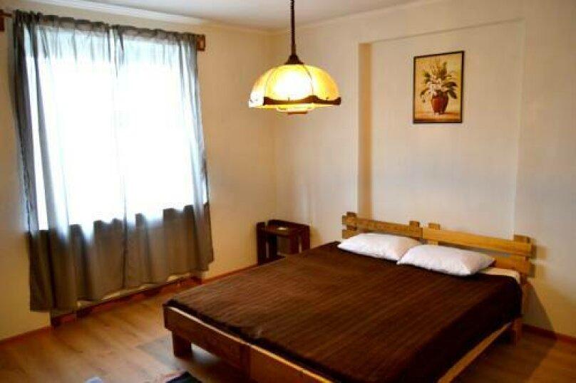Номер с двухспальной кроватью, Зелёная улица, 4А, Калининград - Фотография 1