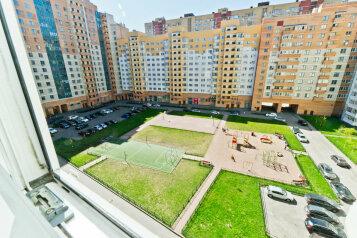 1-комн. квартира, 36 кв.м. на 3 человека, проспект Космонавтов, 65к9, метро Звездная, Санкт-Петербург - Фотография 2
