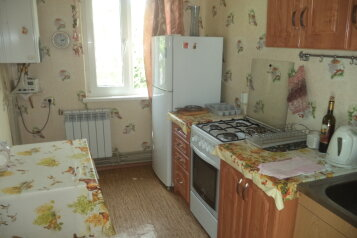 Дом на 5 человек, 2 спальни, улица Жуковского, 61, Коктебель - Фотография 2