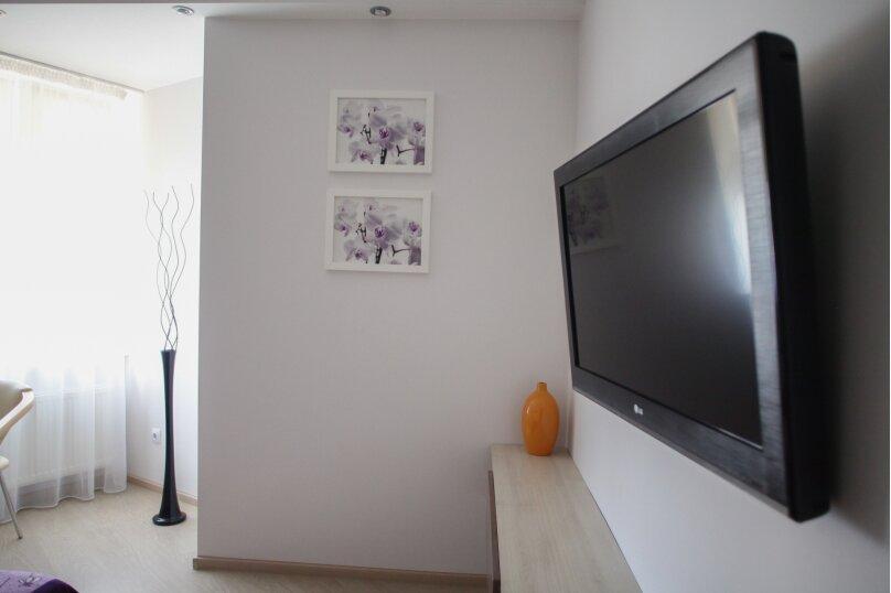 1-комн. квартира, 37 кв.м. на 3 человека, Павла Корчагина, 60, Севастополь - Фотография 15