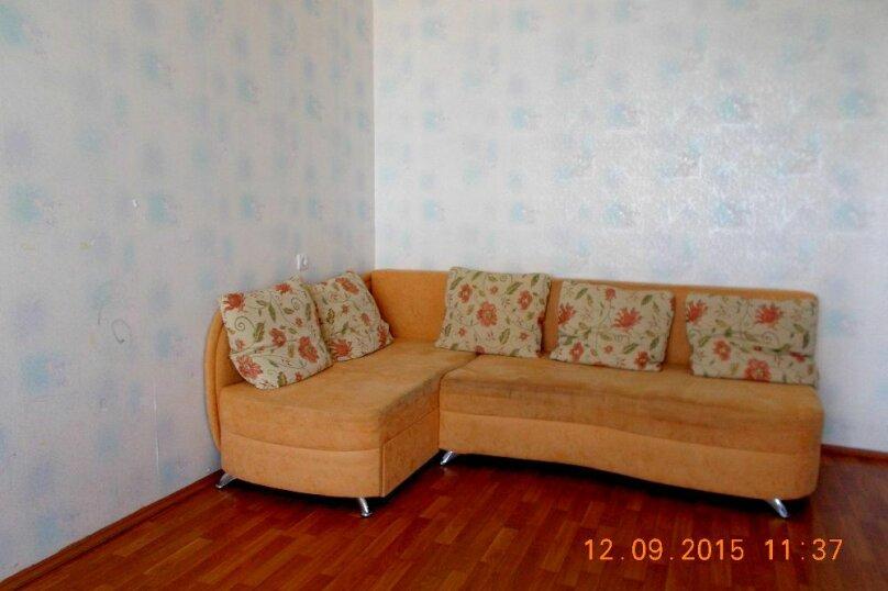 2-комн. квартира, 69 кв.м. на 4 человека, улица Скочилова, 5, Ульяновск - Фотография 6