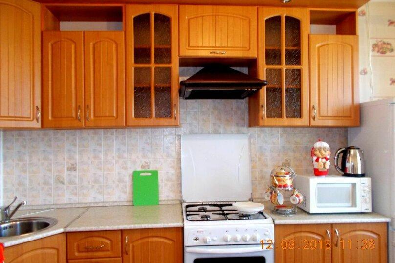 2-комн. квартира, 69 кв.м. на 4 человека, улица Скочилова, 5, Ульяновск - Фотография 7