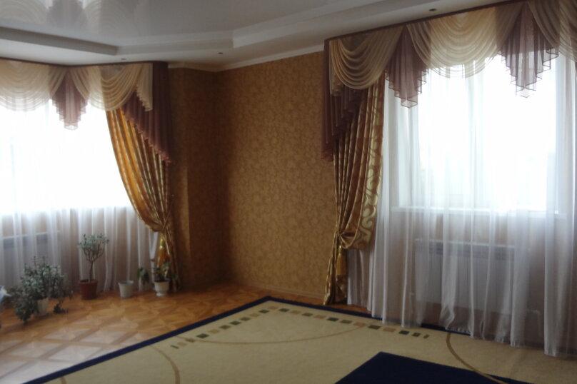 """Дом, 200 кв.м. на 8 человек, 3 спальни, Пчельник , 188 """"А"""", Соль-Илецк - Фотография 3"""