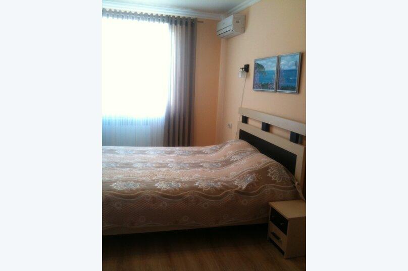 2-комн. квартира, 47 кв.м. на 4 человека, Партенитская, 6, Партенит - Фотография 1