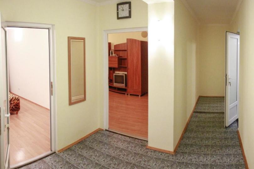 3-комн. квартира, 73 кв.м. на 6 человек, Долинный переулок, 15, Коктебель - Фотография 12