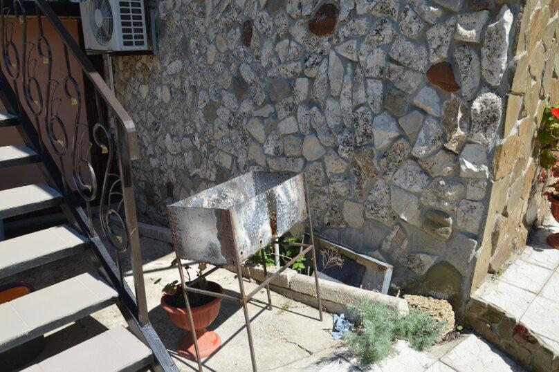 """Гостевой дом """"На Калинина 32"""", улица Калинина, 32 на 8 комнат - Фотография 12"""