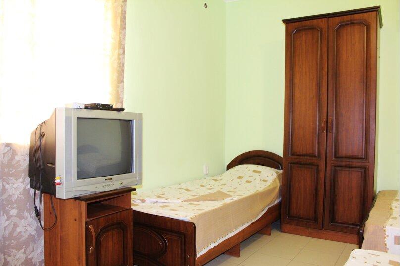 Гостевой дом Джули, Черноморская улица, 150 на 22 комнаты - Фотография 8