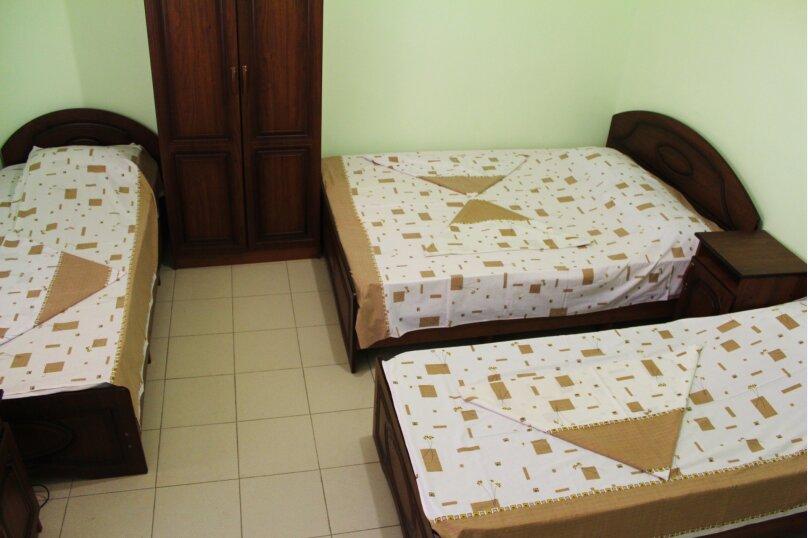 Гостевой дом Джули, Черноморская улица, 150 на 22 комнаты - Фотография 10