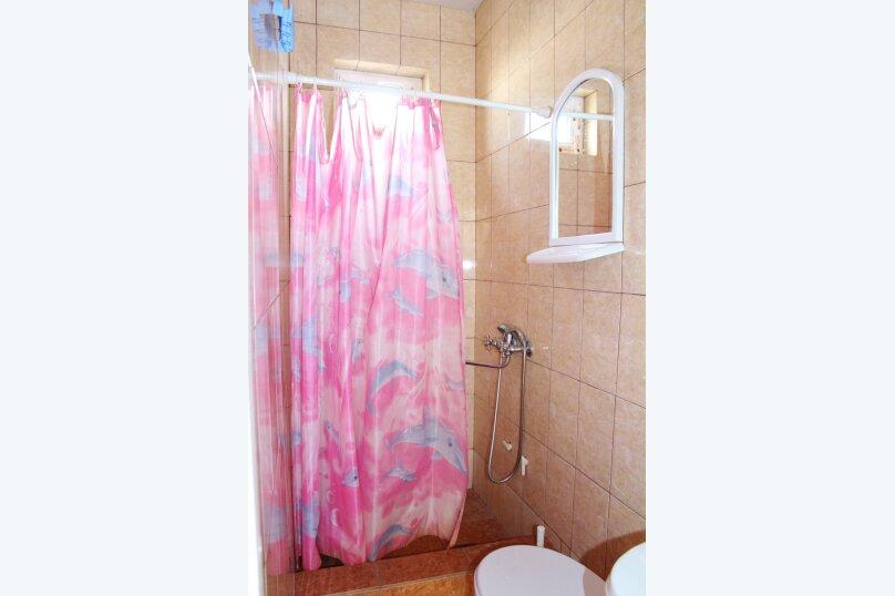 Гостевой дом Джули, Черноморская улица, 150 на 22 комнаты - Фотография 11