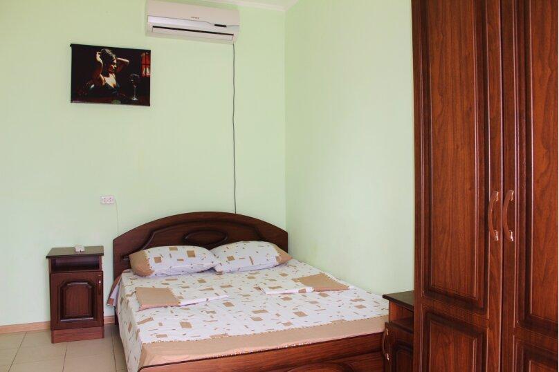 Гостевой дом Джули, Черноморская улица, 150 на 22 комнаты - Фотография 13